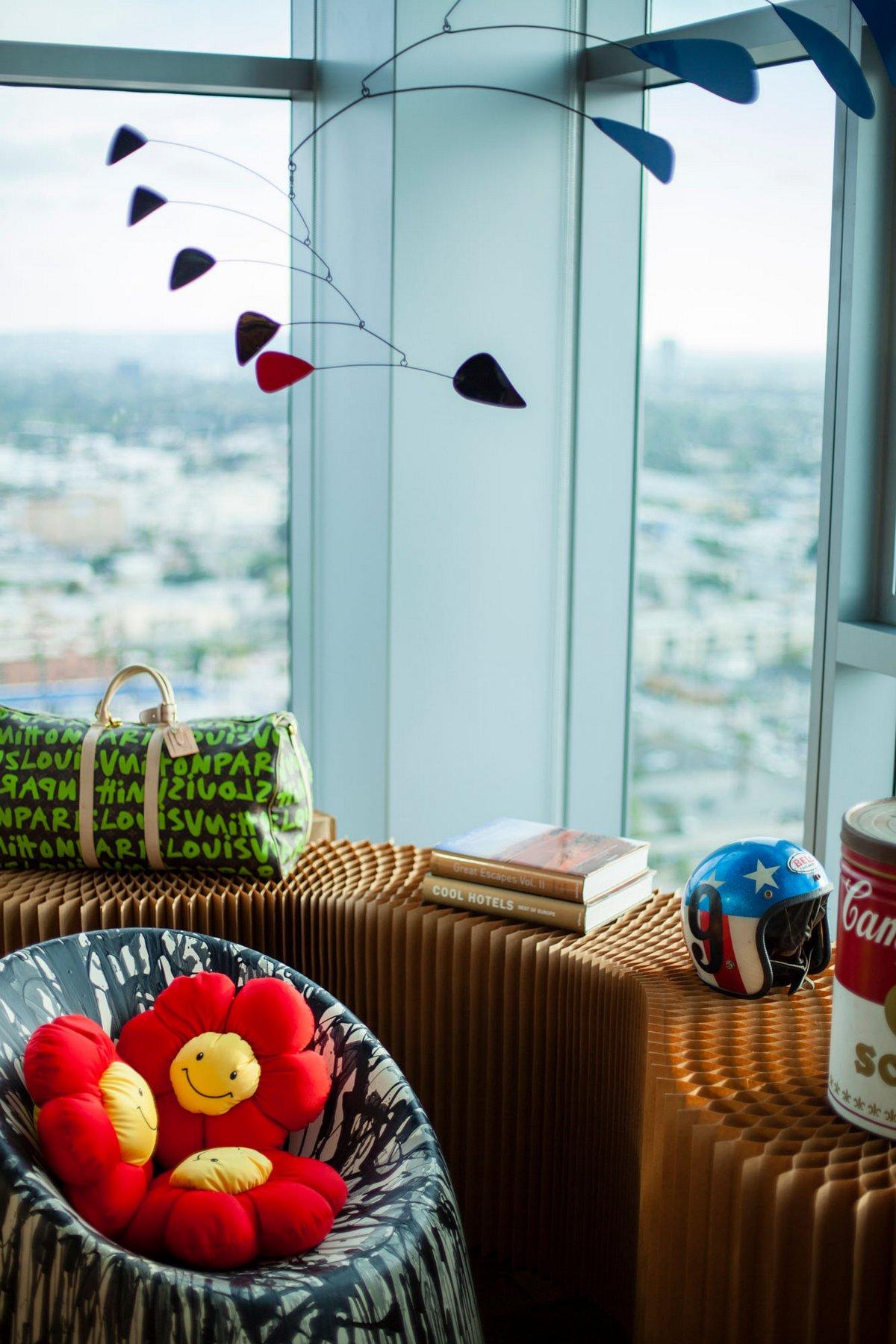 пентхаус High Rise, Максим Жаке, Maxime Jacquet, пентхаус в Лос-Анджелесе, пентхаус в Калифорнии, пентхаус с видом на город, творческий интерьер