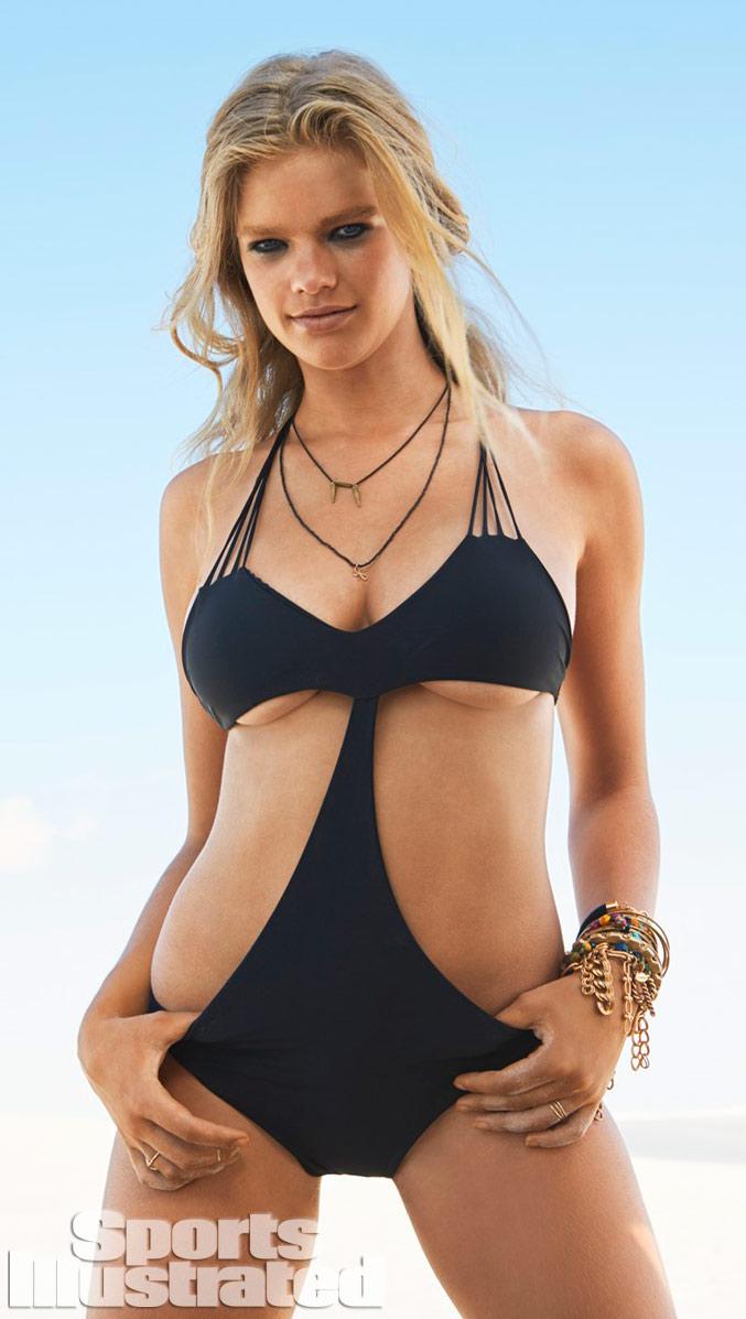 Валери ван дер Грааф в купальниках Sports Illustrated Swimsuit 2014 - Valerie van der Graaf by Raphael Mazzucco in Brazil