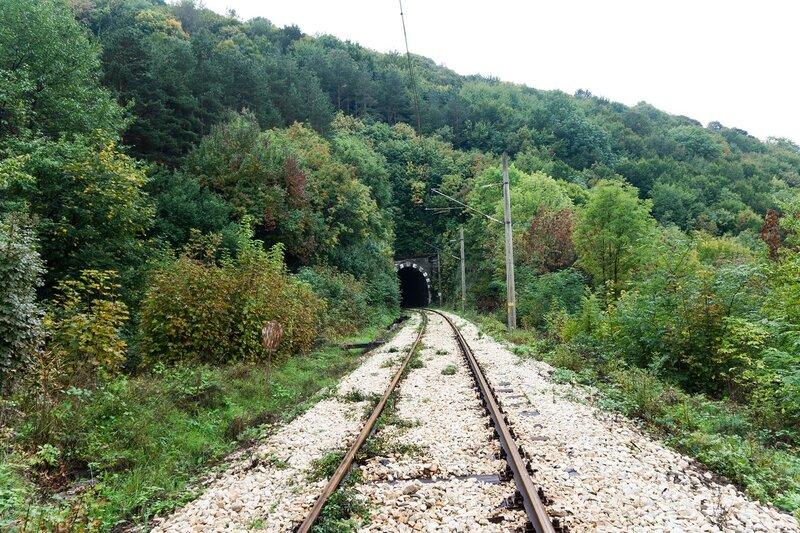 железная дорога Кръстец - Бъзовец - Плачковци тоннель