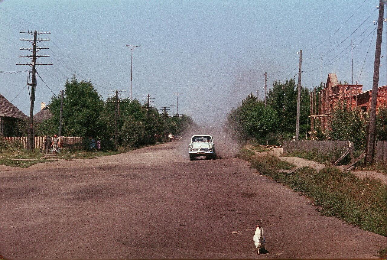 Издешково - Центральная улица