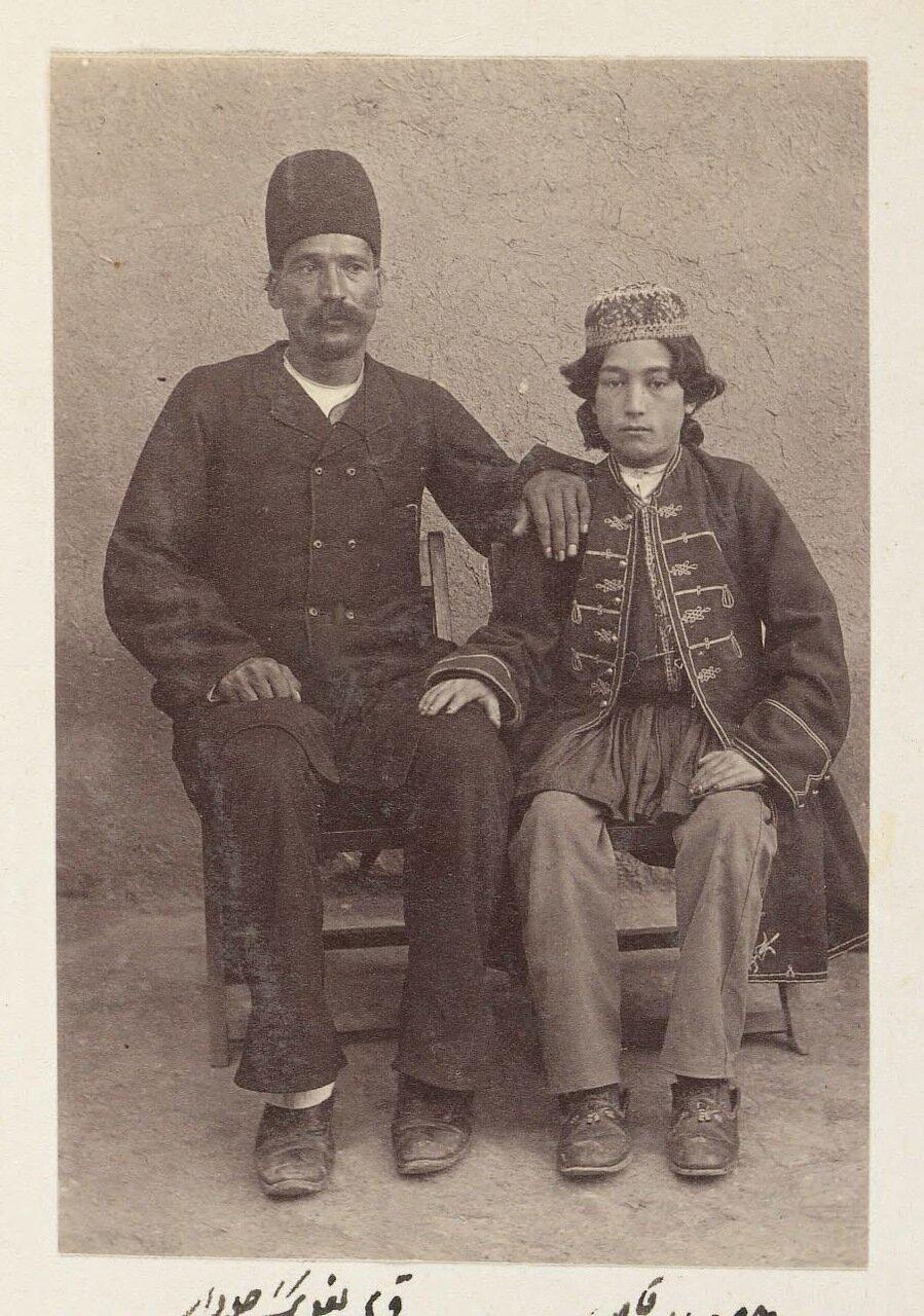 Танцор Хусейн Бала и Курбан Али Байяг, лидер каравана