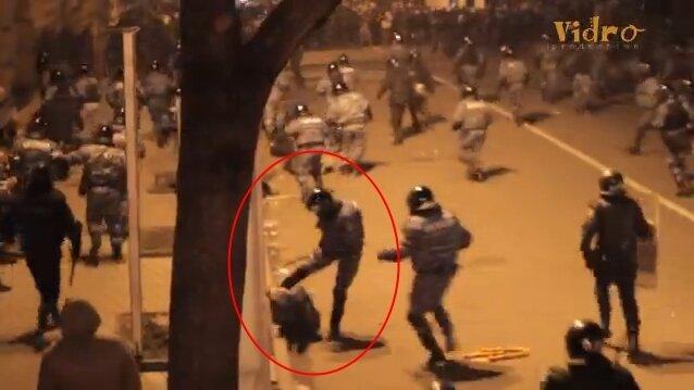 Видео бойни под Администрацией Президента