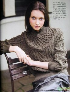 Коса-девичья краса - свитер спицами