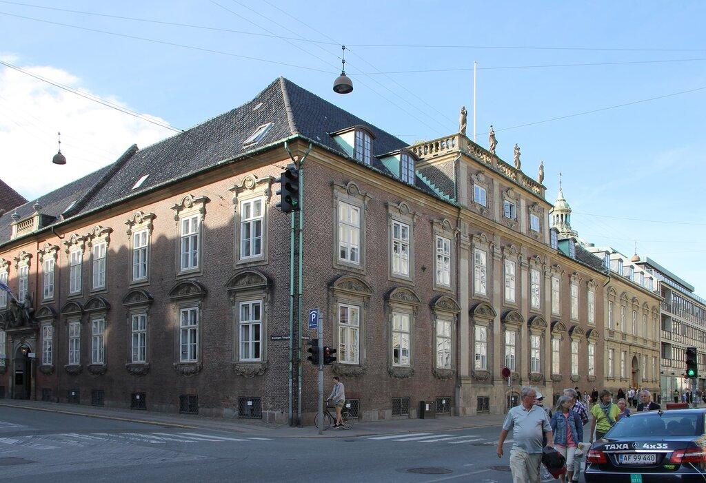Copenhagen. Mansion of Moltke (Moltkes Palæ)