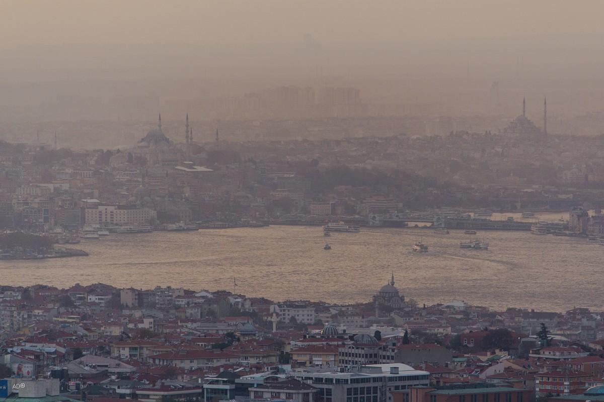 Обзорная площадка в Чалымджа, Стамбул на закате