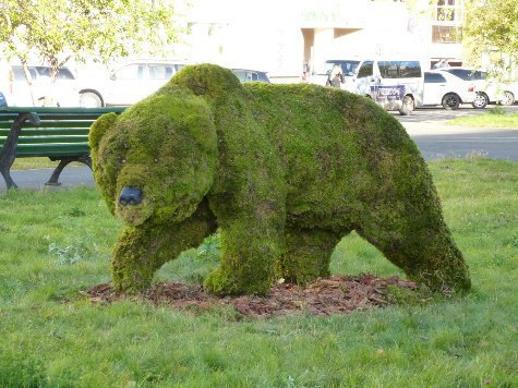 Скульптура из мха