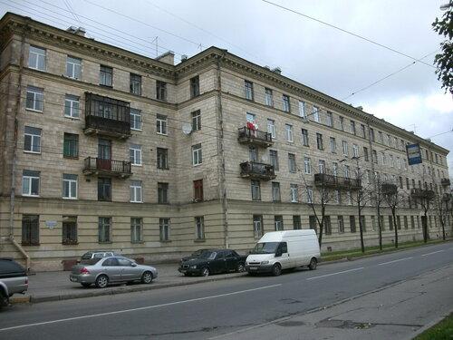 ул. Полярников 5