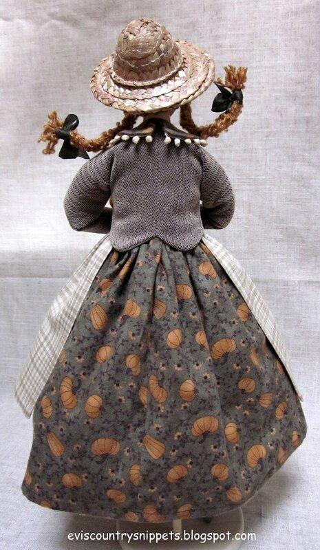кукла вид сзади