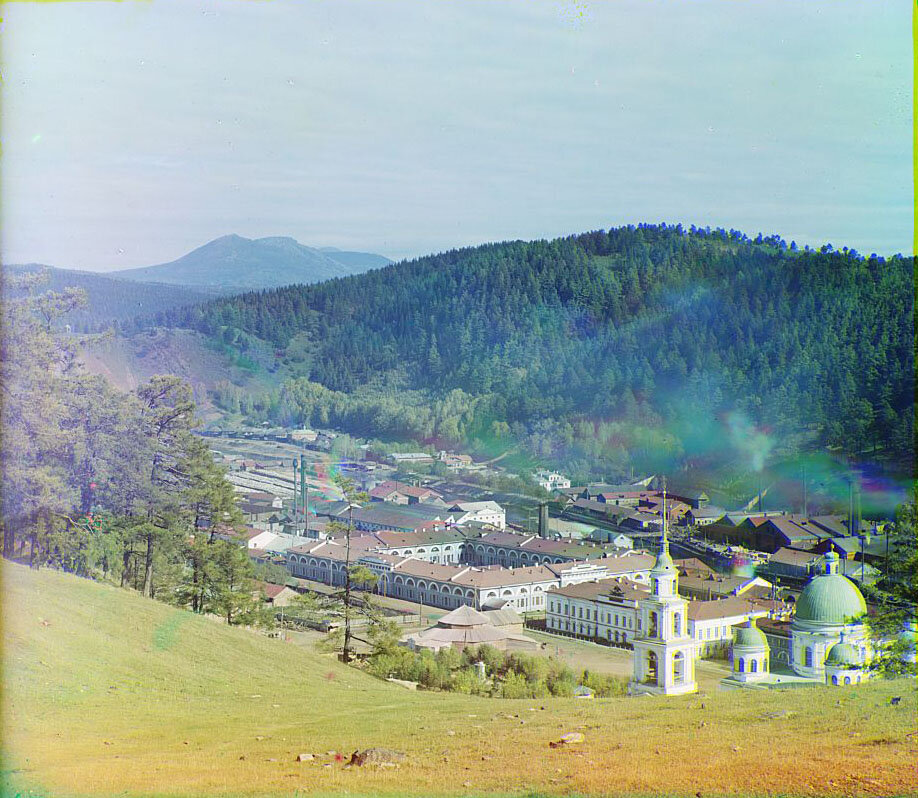Вид на гору Таганай с Бутыловской горы