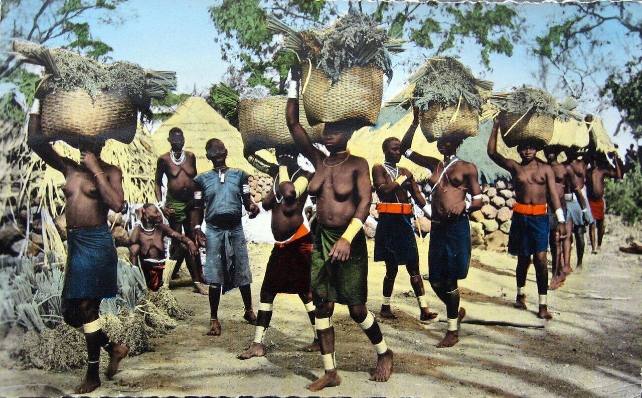 1960. В африканской деревне