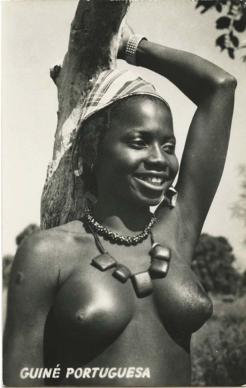 1960-е. Девушка мандинга из Португальской Гвинеи