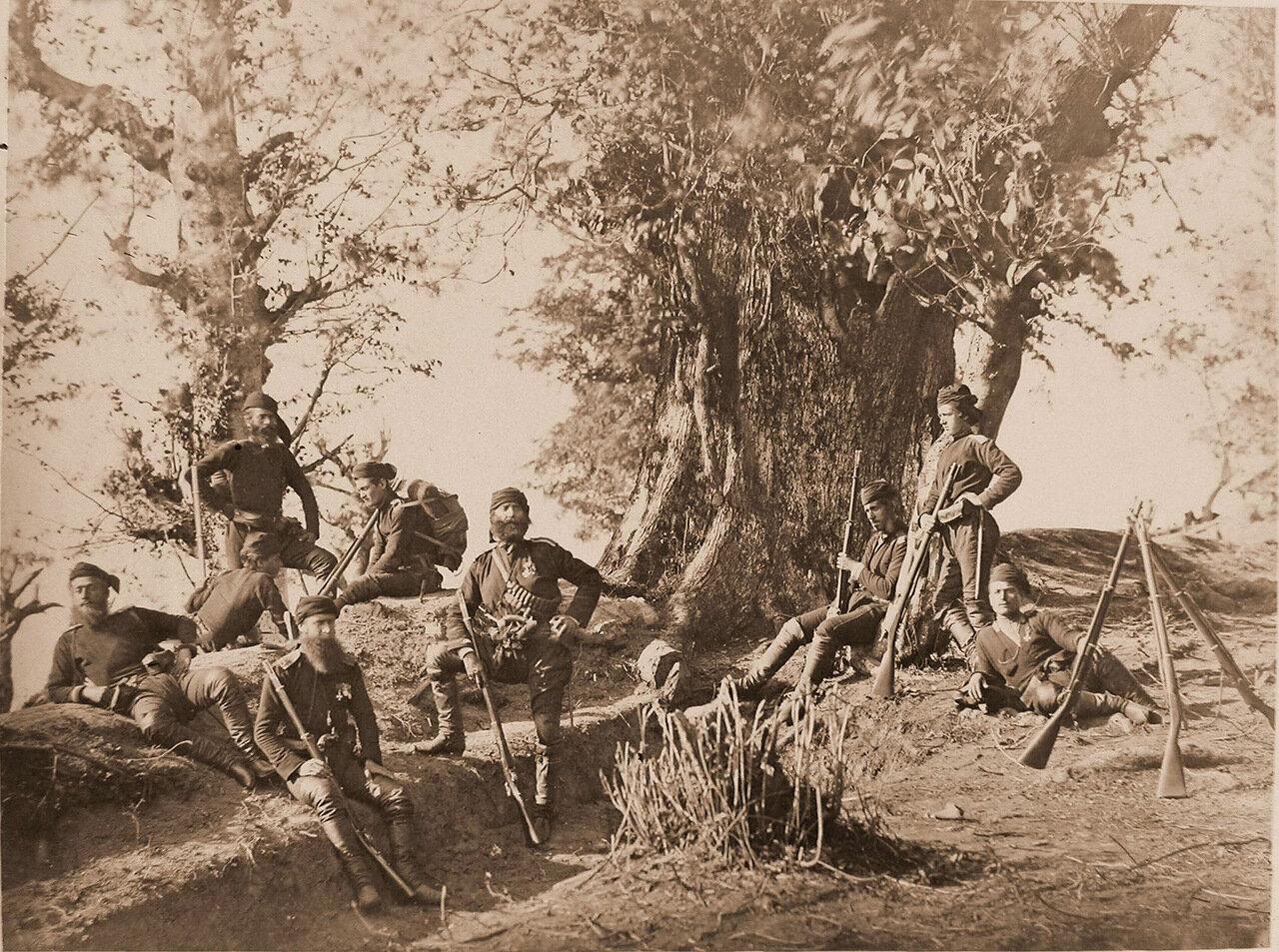 Бойцы Гурийской дружины на позиции