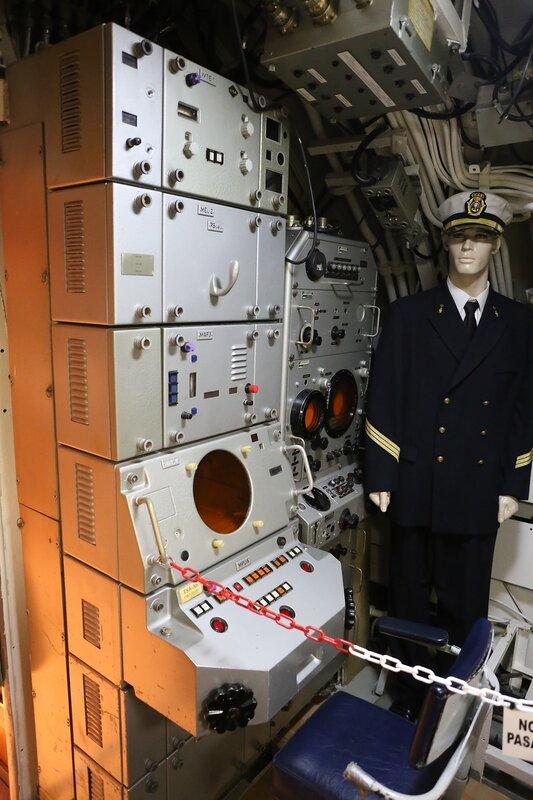 Торревьеха. Подводная лодка Дельфин (Museo Flotante Submarino S-61 Delfín)