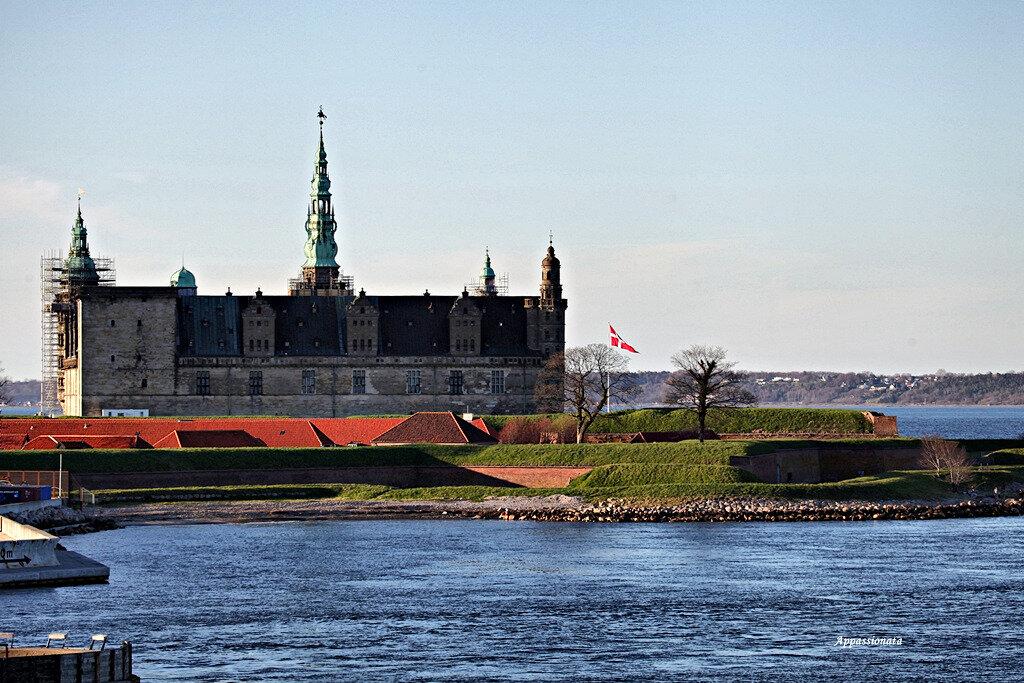 Кронборг — замок в Дании