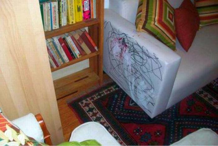 Красочный диван. 9.