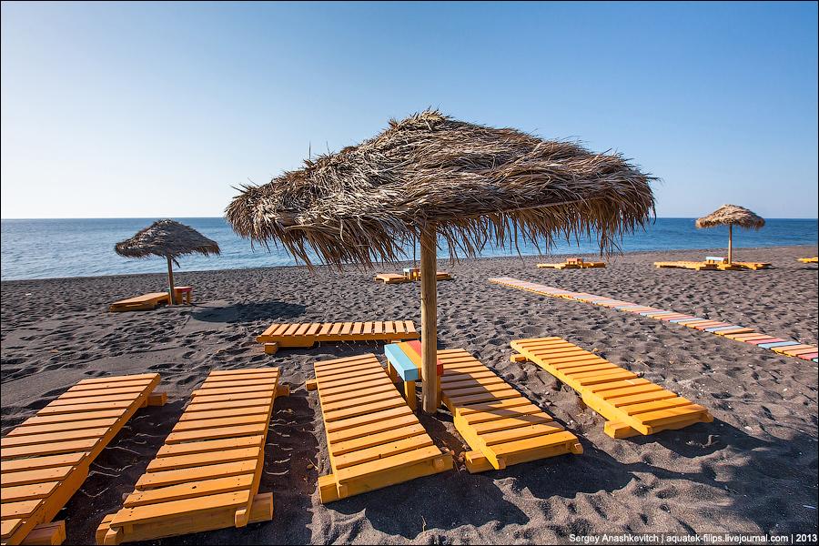 Пляж Перисса на Санторини