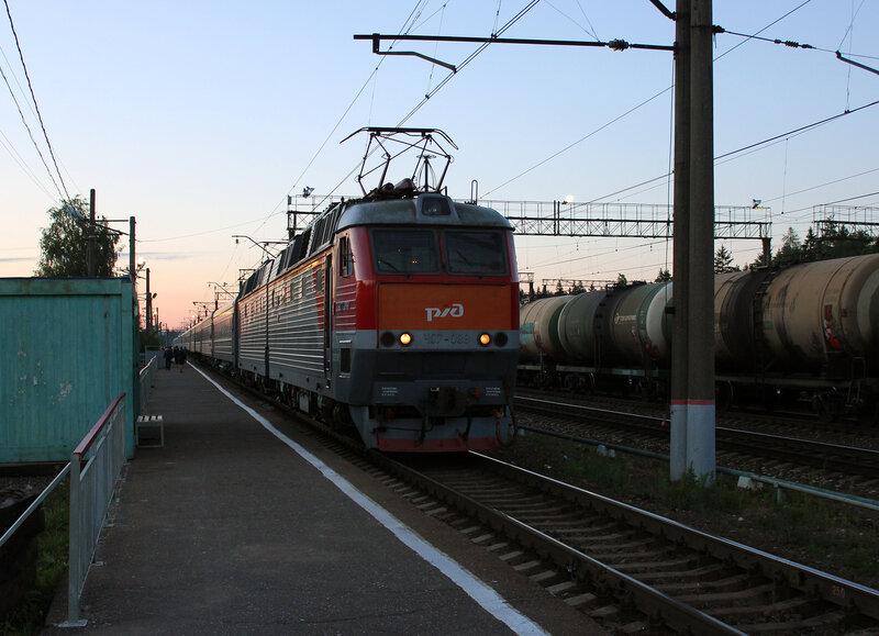 ЧС7-088 с поездом 139М Питер - Брянск