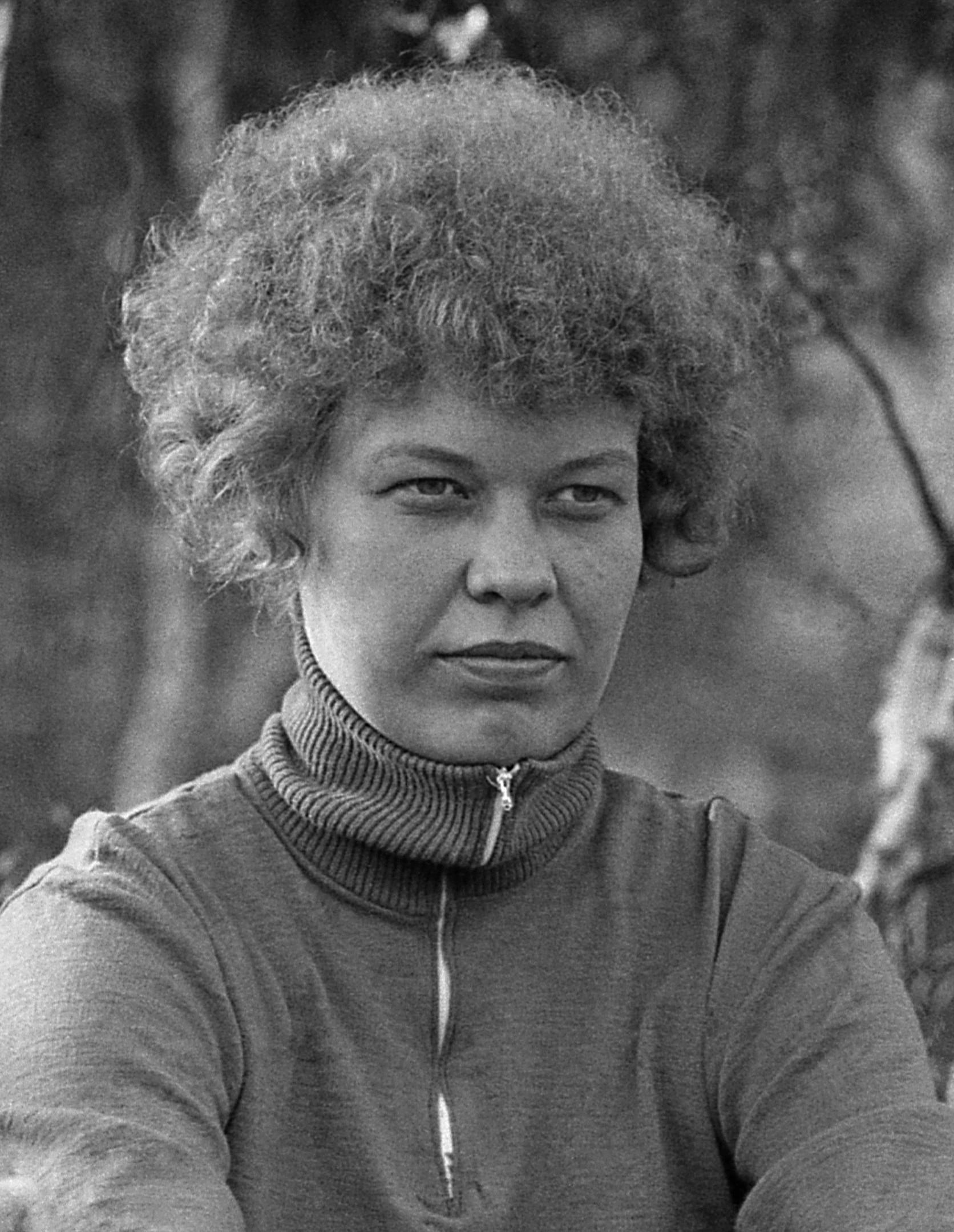 206. Футбол. Марина Коковкина (Емельянова) Э-66