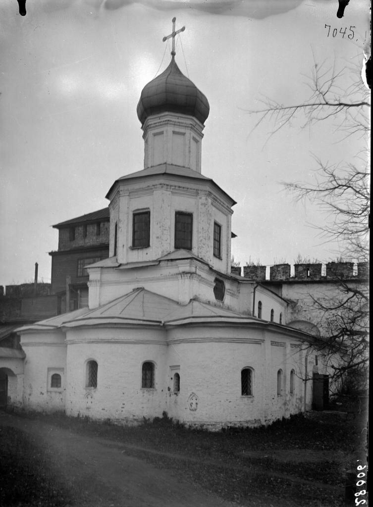 Покровская церковь. Вид с востока