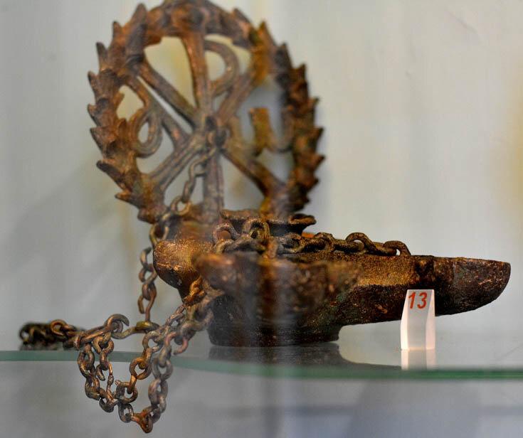 Раннехристианские бронзовые лампы 4-6 вв.