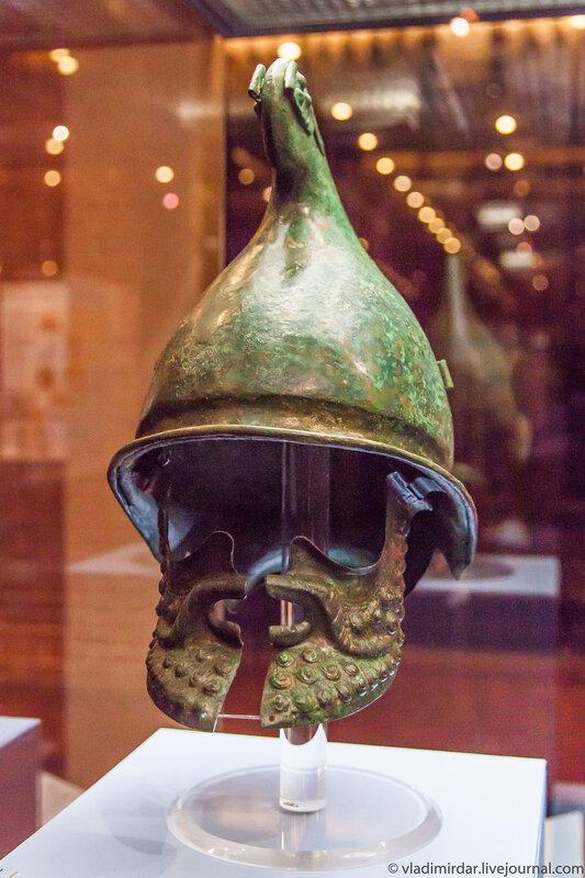 Боевой шлем фракийца-предводителя