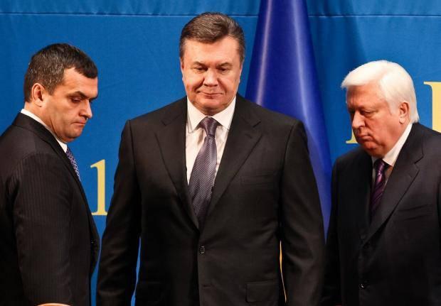 """Янукович хочет рассказать Трампу """"всю правду"""" о майдане, - экс-министр Захарченко"""