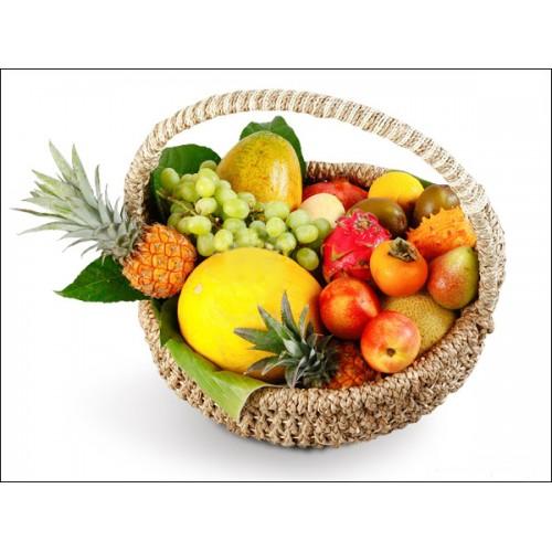 Подарочная корзина с фруктами - подарок или формальность?