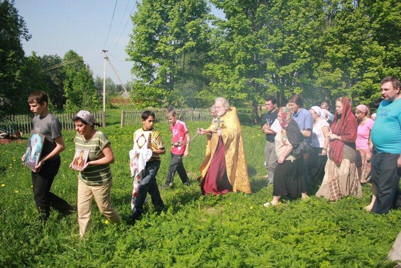 Крестный ход в Татево