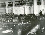 Депутаты Второй Государственной думы на заседании в Таврическом дворце.