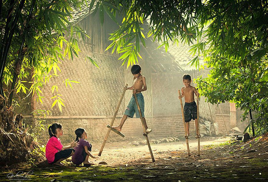30 великолепных, просто магических фотографий детей разных стран. Такое счастливое детство