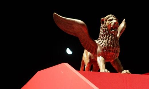 Венецианский фестиваль: Золотого льва получил фильм оботношениях геев