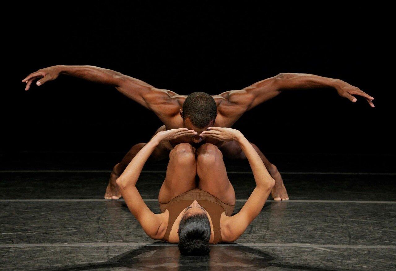 Самоучитель эротического танца, Уроки эротического танца часть 1 Урок 1 9 фотография