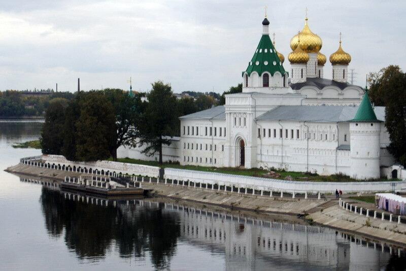 Монастыри Золотого Кольца - Свято-Троицкий Ипатьевский (Кострома)