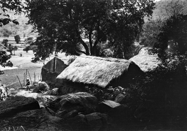 710. Деревня