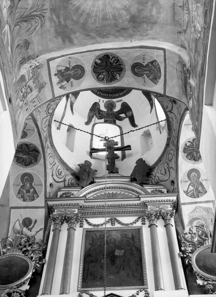Сковородский монастырь. Церковь Михаила Архангела. Внутренний вид