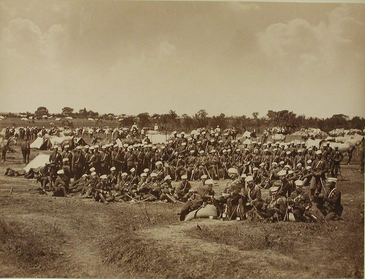 41. Солдаты и офицеры 4-го эскадрона Лейб-гвардии Гусарского его величества полка. Турция. Галатария