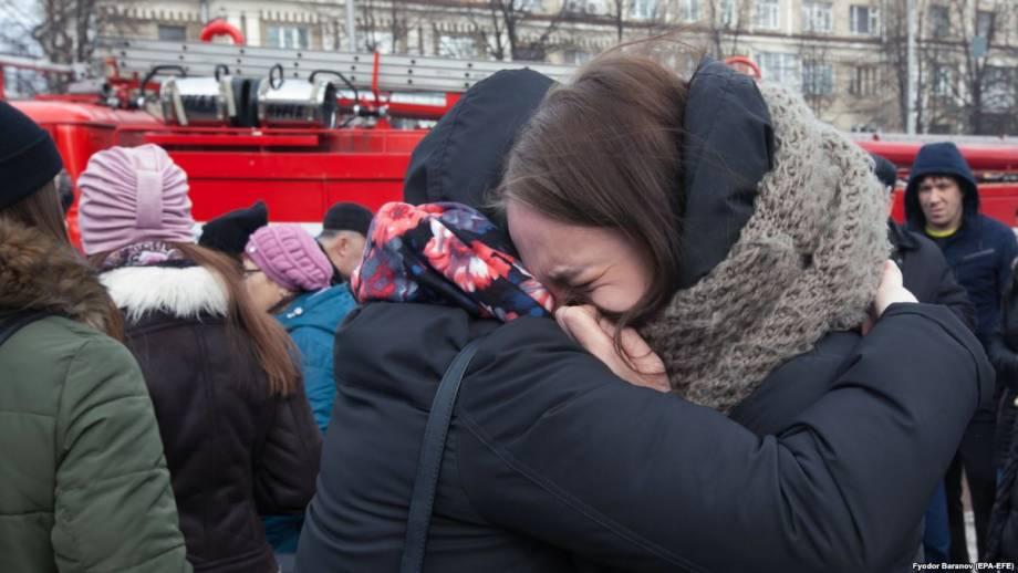В России – день траура по жертвам пожара в торговом центре в Кемерове