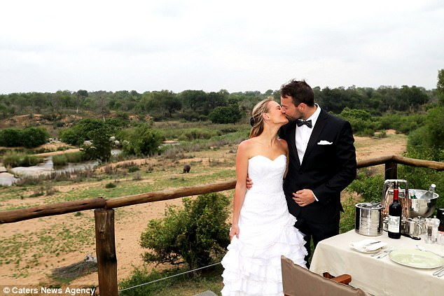 Британская пара лишилась свадебных фотографий, но даже рада этому