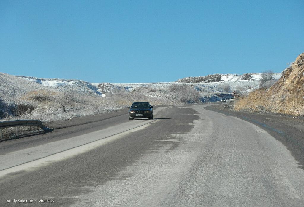 Наверху кордайского перевала