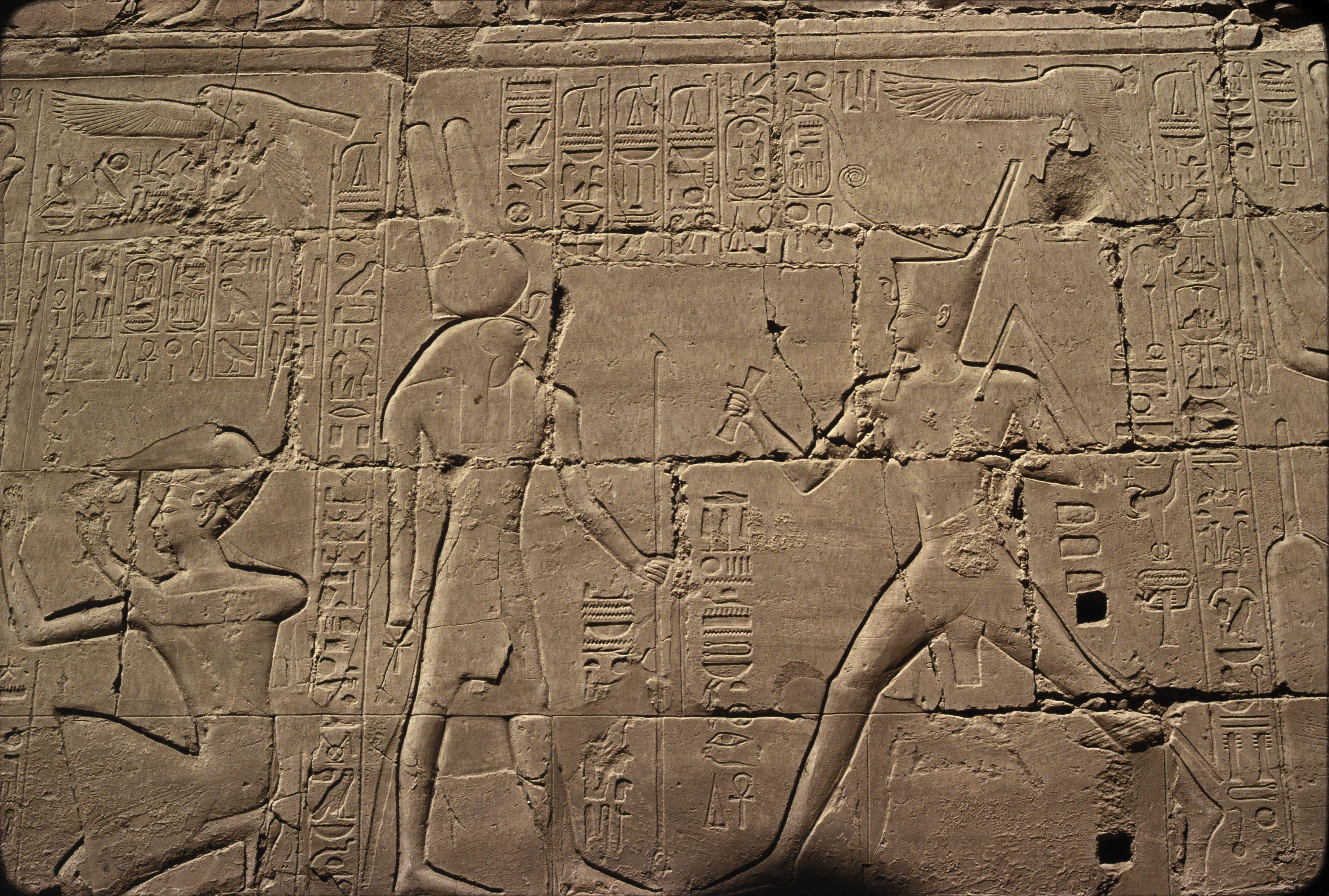 Храм Амона-Ра. Рельефы в Большом колонном зале