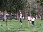 Волейболистки в парке