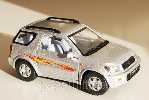 Kinsmart Toyota RAV-4