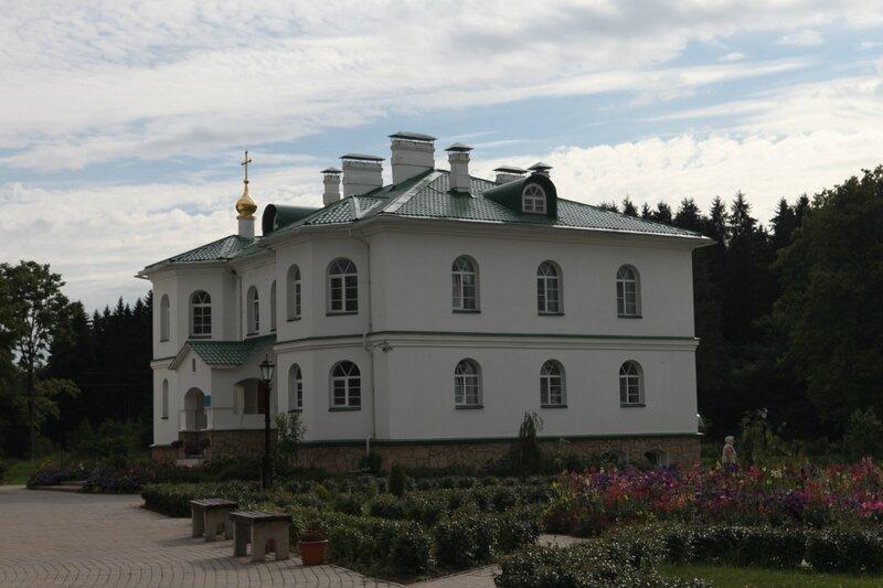 Спасо-Елизаровский монастырь