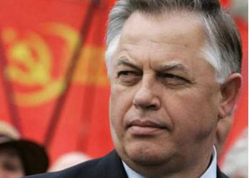 Лидер украинских коммунистов снялся с выборов президента