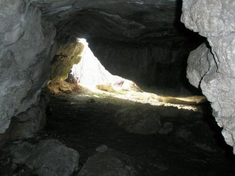 Вход в пещеру (30.10.2013)