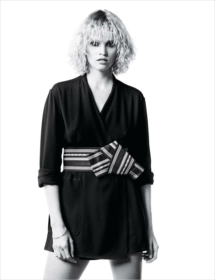 Лара Стоун в журнале W Magazine