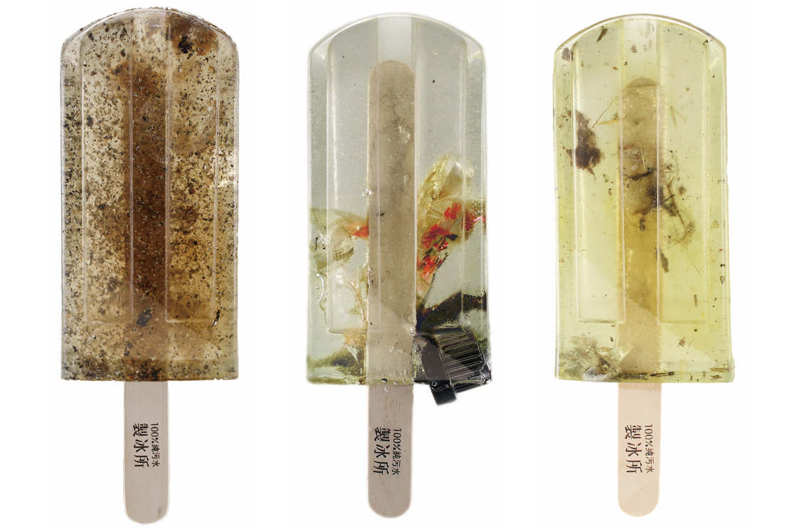 They created popsicles with the polluted waters of Taiwan (18 pics)
