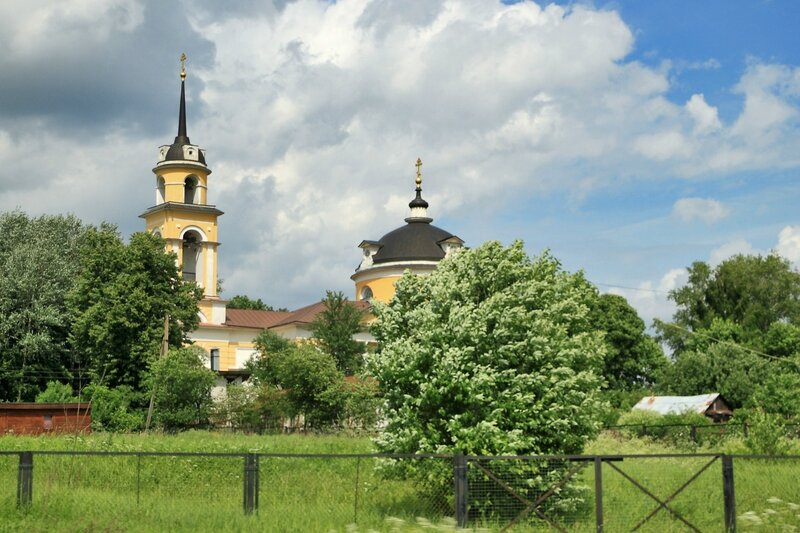 Церковь Покрова Пресвятой Богородицы в Андреевском (Яхрома)