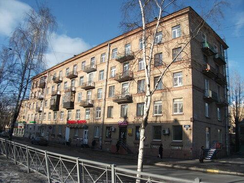 ул. Бабушкина 8