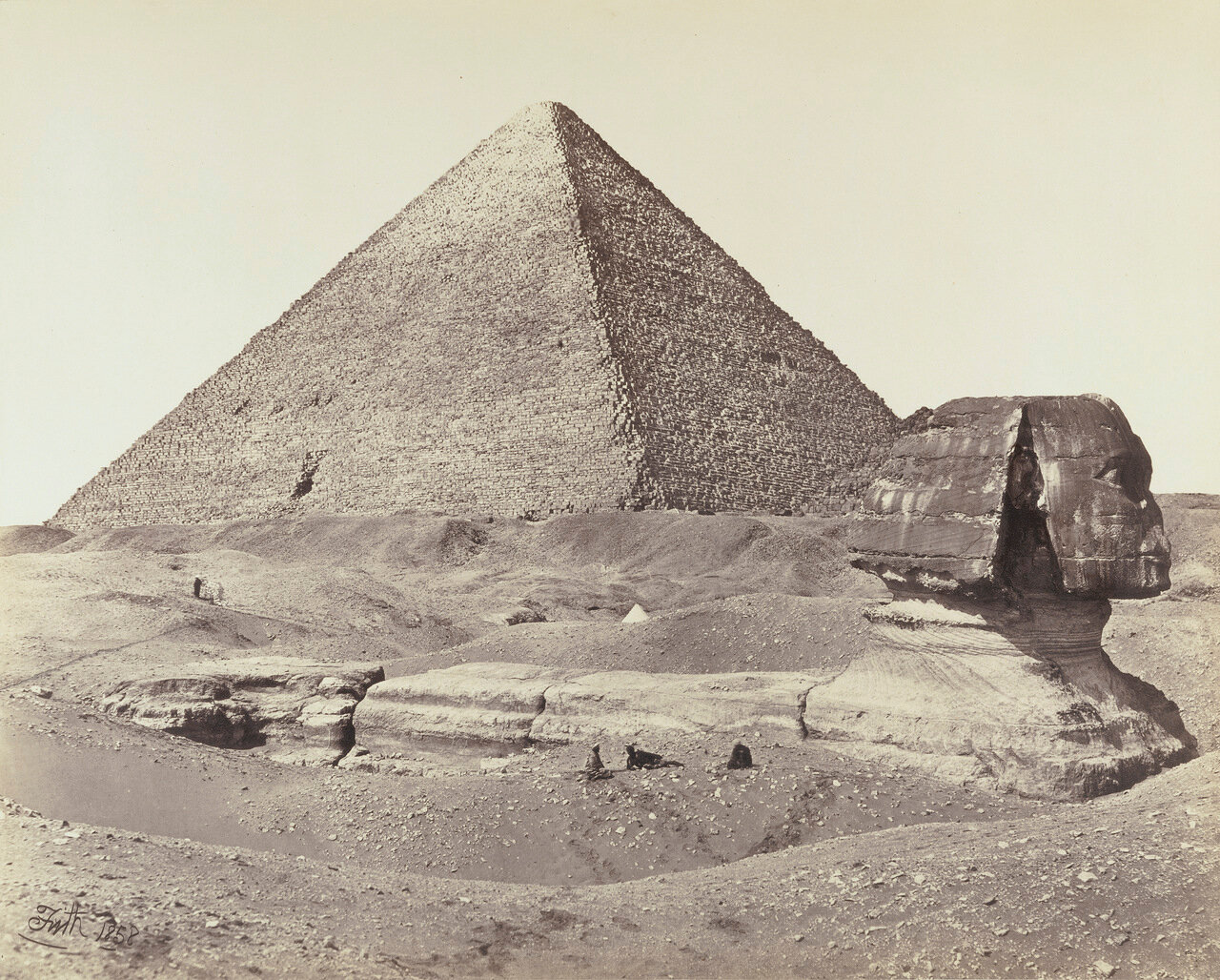 Великая пирамида и Сфинкс